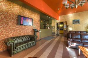 The lobby or reception area at Hostel Viktorija with Private Rooms