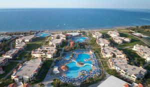 מבט מלמעלה על Lindos Princess Beach Hotel