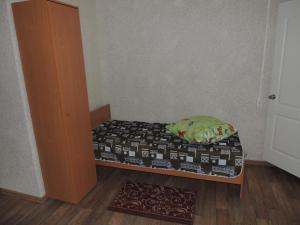 Кровать или кровати в номере Отель у автостанции Острогожск