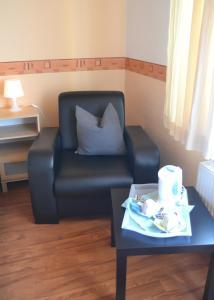 A seating area at Pension Elli Krössner