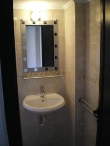 A bathroom at 3 Room Parkview Apartment