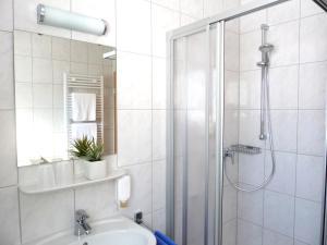 Ein Badezimmer in der Unterkunft Landgasthaus Zum Steinernen Mann