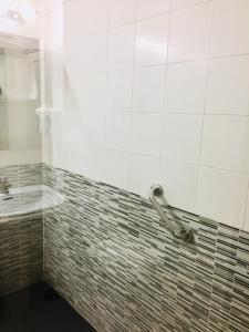 A bathroom at Miralcampo