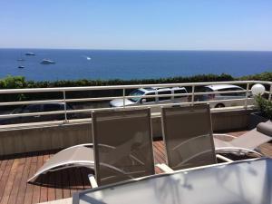 A balcony or terrace at Delizioso Appartamento Vista Mare
