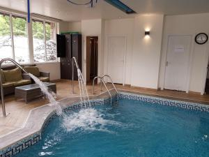 The swimming pool at or close to Stonecross Manor Hotel, BW Signature Collection