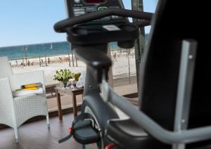 The fitness center and/or fitness facilities at Renaissance Tel Aviv Hotel