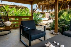 The swimming pool at or close to Bonaire Boutique Resort