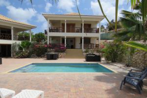 A piscina localizada em Apartemento Gosa Bunita ou nos arredores