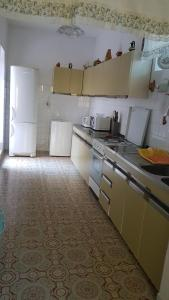 A kitchen or kitchenette at Apartments Coko