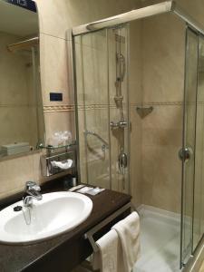 A bathroom at Hotel Nochendi