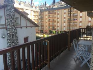 A balcony or terrace at Apartamentos Turisticos Sol y Nieve