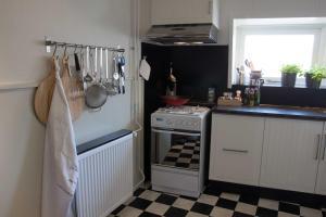 Een keuken of kitchenette bij Het Huis tussen Kerk en Klooster