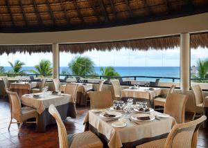 Ресторан / где поесть в Catalonia Riviera Maya Resort & Spa - Все включено