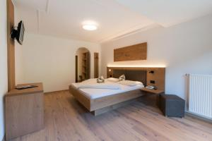 Ein Badezimmer in der Unterkunft Hotel Alpenfrieden