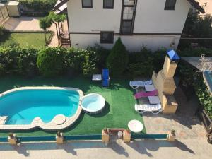 A view of the pool at Daniil Guest House or nearby