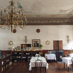 A restaurant or other place to eat at Hotel Monterosa