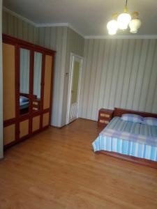 Ліжко або ліжка в номері 1-к квартира метро Университет