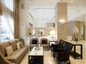Χώρος καθιστικού στο Ξενοδοχείο Μενελάιον