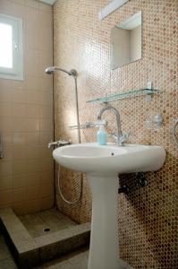 Ένα μπάνιο στο Crisio Studios