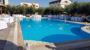 Πισίνα στο ή κοντά στο Lili Hotel