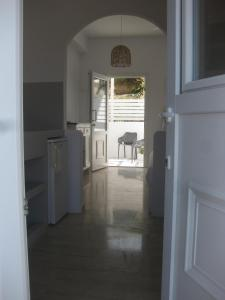 A kitchen or kitchenette at Daphne