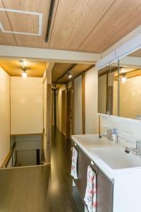 OYO 旅館ひのもとにあるバスルーム