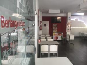 Un restaurante o sitio para comer en Hotel Rural Villa de Berlanga