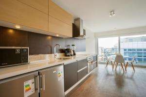 A kitchen or kitchenette at Lima Walking Apartments - Central Miraflores