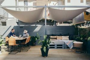 Restaurant ou autre lieu de restauration dans l'établissement Hotel Brummell