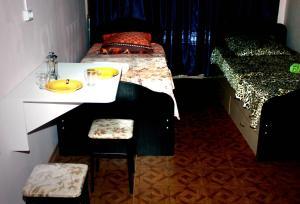 Кровать или кровати в номере Комнаты Life Apart