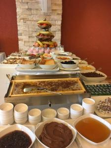 Breakfast options available to guests at Selena Hotel