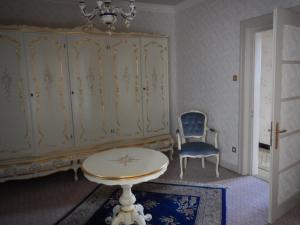 Ein Sitzbereich in der Unterkunft Villa Turckheim
