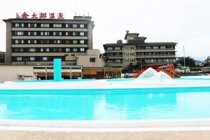 金太郎温泉の敷地内または近くにあるプール