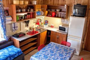 Кухня или мини-кухня в Cottage in Orekhovo
