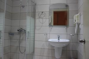 Ένα μπάνιο στο Primavera Hotel
