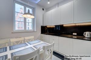 Kuchnia lub aneks kuchenny w obiekcie Apartament Długa Street
