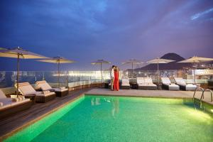 The swimming pool at or close to PortoBay Rio de Janeiro