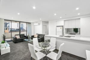 A seating area at Corporate Apartments Wollongong