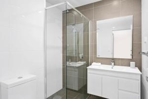 A bathroom at Corporate Apartments Wollongong