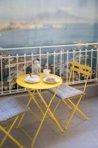 A balcony or terrace at La Casa di Luna