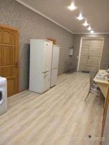 A kitchen or kitchenette at Gostevoi dom