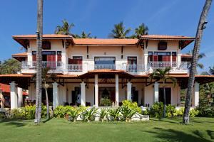 Tòa nhà nơi resort tọa lạc