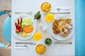 Breakfast options available to guests at Iberostar Founty Beach