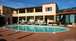 The swimming pool at or near Hotel Villa Gemella