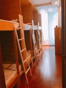 A bunk bed or bunk beds in a room at Tomorrow Hostel Vũng Tàu