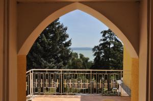 A balcony or terrace at Sir David Balaton Castle B&B
