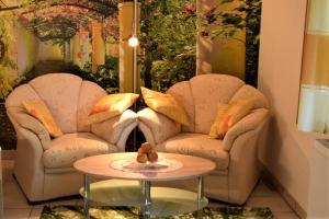 Ein Sitzbereich in der Unterkunft Ferienhaus Reher