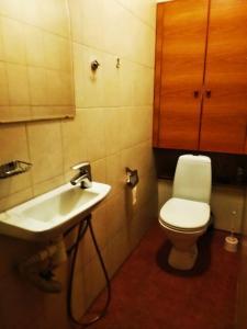 Ванная комната в Комнаты Антресоль