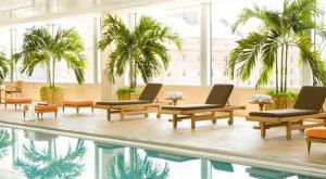 A piscina localizada em Hilton Baltimore Inner Harbor ou nos arredores