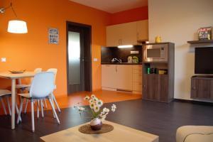 Kuchyň nebo kuchyňský kout v ubytování Apartmány Hutisko 769
